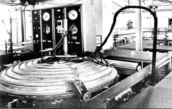 INFRA FOURS entwickelt die ersten Vakuumöfen zum Löten von Qualitätsstahlarten für Luftfahrt-Anwendungen.
